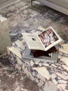 Marmorbord Plinth